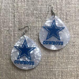 Dallas Cowboy earrings